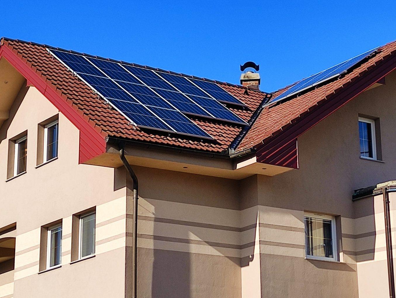 SUNČANE ELEKTRANE - ENERGETSKA OBNOVA OBITELJSKIH KUĆA 2021